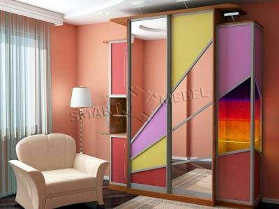 Шкаф-купе фасад, крашеное стекло